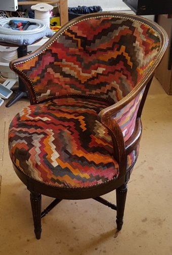 Jigsaw print chair